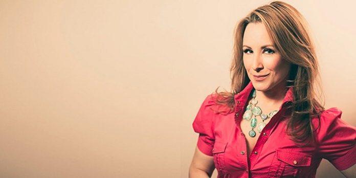 Meet Vancouver-based actor Lisa Durupt