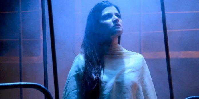 Japjit Kaur gives a hauntingly beautiful performance as Jyoti Singh Pandey in Yaël Farber's Nirbhaya.