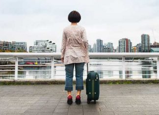 From South Korea to new Canadian, Maki Yi recounts her immigrant story. Photo by Emily Cooper.