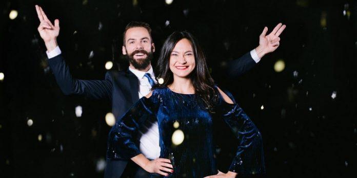 Vincent Leblanc-Beaudoin and Emilie Leclerc in Unité Modèle.