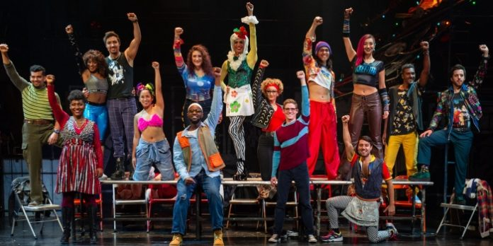 The company of the Rent 20th Anniversary Tour. Photo by Amy Boyle.